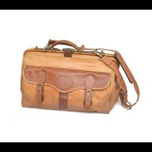 Other - Vintage Tula Santa Fe leather doctor bag!!